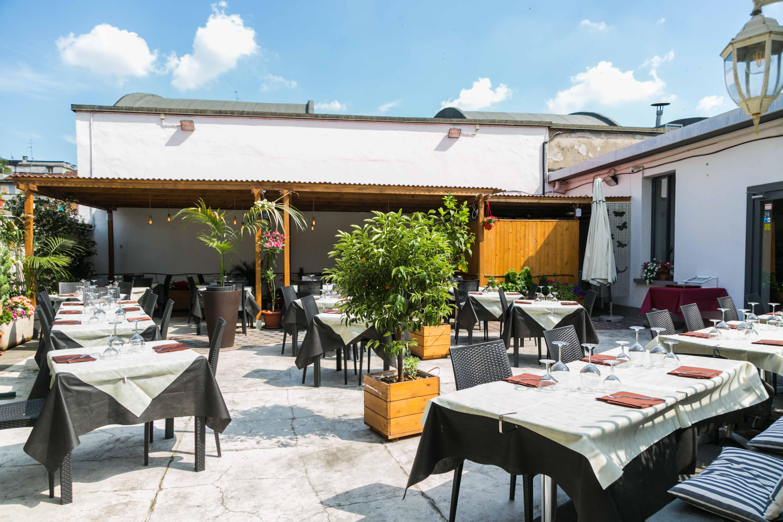 note di cucina ristorante a milano con terrazza all